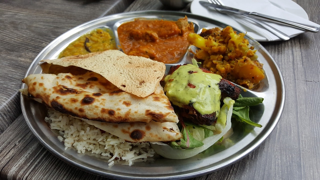 Indian Food That Every Traveler Must Try This Monsoon... - Plattershare - Recipes, Food Stories And Food Enthusiasts