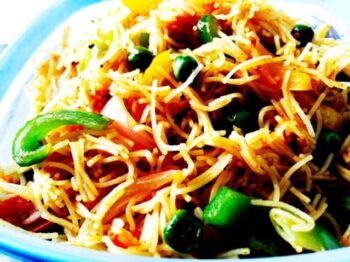 4 Pepper Schezwan Fried Vermicelli - Plattershare - Recipes, Food Stories And Food Enthusiasts