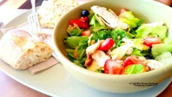Grilled Chicken, Strawberry And Baby Spinach Salad With Roasted Poppy Seed Dressing - Plattershare - Recipes, Food Stories And Food Enthusiasts