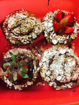Under 100 Calories Banana Oats Stuffed Muffins - Plattershare - Recipes, Food Stories And Food Enthusiasts