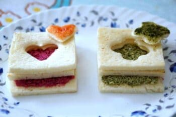 Surprise Door Paneer Sandwich With Red And Green Stuffing - Plattershare - Recipes, Food Stories And Food Enthusiasts