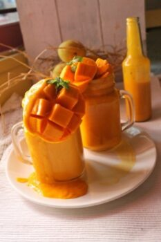 No Sugar Mango Milkshake - Plattershare - Recipes, Food Stories And Food Enthusiasts