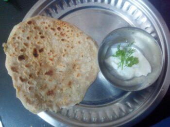 Aaloo Ka Paratha - Plattershare - Recipes, Food Stories And Food Enthusiasts