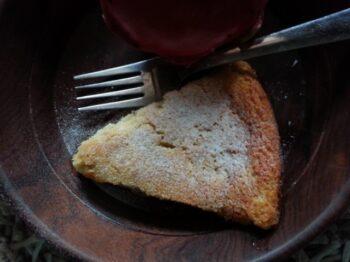 Custard Apple &Amp; Dragon Fruit Cake - Plattershare - Recipes, Food Stories And Food Enthusiasts