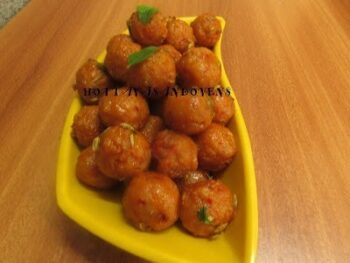 Tomato Schezwan Ammini Kozhukkattai / Mini Rice Balls - Plattershare - Recipes, Food Stories And Food Enthusiasts