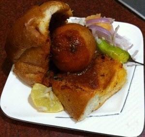 Vada Pav Recipe - Plattershare - Recipes, Food Stories And Food Enthusiasts