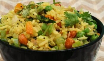 Puffed Rice Vegetable Upma - The Quickest Breakfast - Plattershare - Recipes, Food Stories And Food Enthusiasts