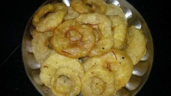 Cinnamon Apple Jalebi - Plattershare - Recipes, Food Stories And Food Enthusiasts