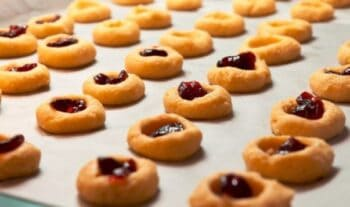 Jammy Cookies - Plattershare - Recipes, Food Stories And Food Enthusiasts