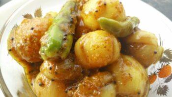 Onion Pickle Recipe (Pyaaz Ka Achaar) - Plattershare - Recipes, Food Stories And Food Enthusiasts
