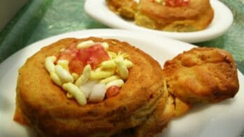 Dal Double Decker/ Moong Dal Bread Pakora - Plattershare - Recipes, Food Stories And Food Enthusiasts