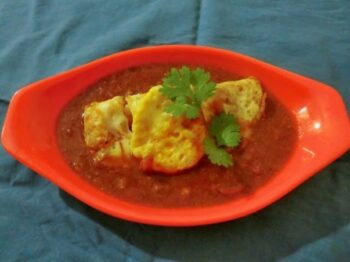 Half Fry Egg Curry - Plattershare - Recipes, Food Stories And Food Enthusiasts