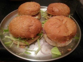 Vegetable Burger - Plattershare - Recipes, Food Stories And Food Enthusiasts