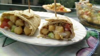 Chickpea Salad Wraps - Plattershare - Recipes, Food Stories And Food Enthusiasts