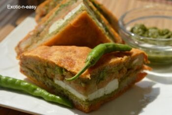 Cottage Cheese Bread Pakora - Plattershare - Recipes, Food Stories And Food Enthusiasts