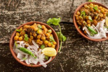 Ghuguni - Plattershare - Recipes, Food Stories And Food Enthusiasts