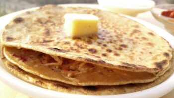 Stuffed Mooli Paratha - Plattershare - Recipes, Food Stories And Food Enthusiasts