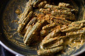 Rajasthani Besan Bhindi - Plattershare - Recipes, Food Stories And Food Enthusiasts