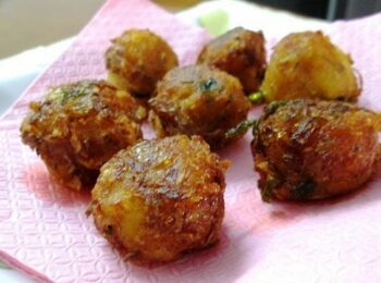Potato Fritters - Plattershare - Recipes, Food Stories And Food Enthusiasts