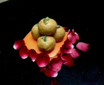 Besan Ke Laddoo - Plattershare - Recipes, Food Stories And Food Enthusiasts
