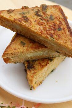 Stuffed Bread Pakora - Plattershare - Recipes, Food Stories And Food Enthusiasts
