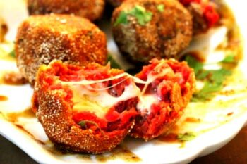 Beetroot Cheese Bombs - Plattershare - Recipes, Food Stories And Food Enthusiasts