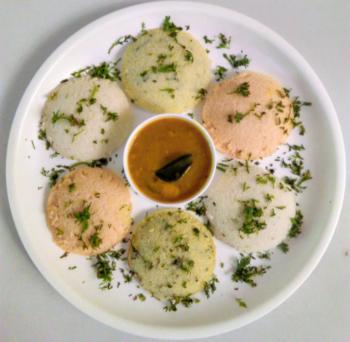 Tri-Coloured Idlis Using Vegetable Puree - Plattershare - Recipes, Food Stories And Food Enthusiasts