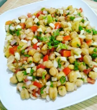 Chickpea Salad - Plattershare - Recipes, Food Stories And Food Enthusiasts