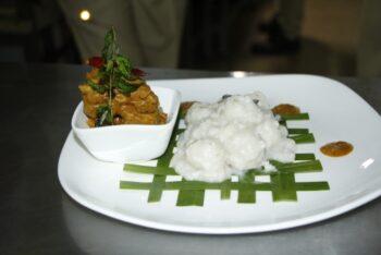 Pidiyum Kozhiyum - Plattershare - Recipes, Food Stories And Food Enthusiasts