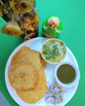 Sindhi Dal Pakwan - Plattershare - Recipes, Food Stories And Food Enthusiasts