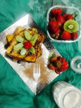 Eggless French Toast With Fresh Fruits - Plattershare - Recipes, Food Stories And Food Enthusiasts