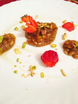 Pistachio Halwa With Strawberry Concoction - Plattershare - Recipes, Food Stories And Food Enthusiasts