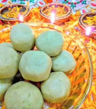 Khandeshi Daraaba Ladoo - Plattershare - Recipes, Food Stories And Food Enthusiasts