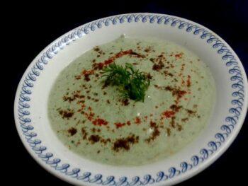 Bathua And Garlic Green Raita - Plattershare - Recipes, Food Stories And Food Enthusiasts
