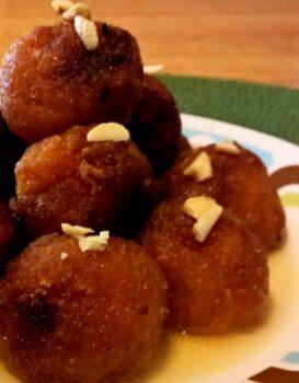 Sweet Potato Gulab Jamun - Plattershare - Recipes, Food Stories And Food Enthusiasts