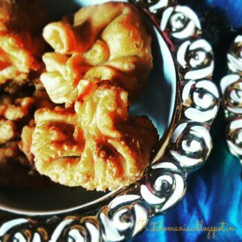 Pyaz Ki Kachori Holi Snacks - Plattershare - Recipes, Food Stories And Food Enthusiasts