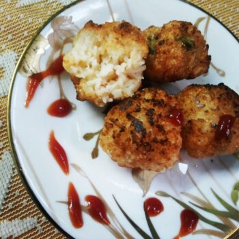 Crispy Rice Balls - Plattershare - Recipes, Food Stories And Food Enthusiasts