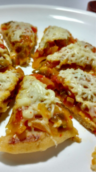 Veg Cheese Pizza With Whole Wheat Flour - Plattershare - Recipes, Food Stories And Food Enthusiasts
