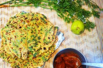 Palak Paneer Paratha - Plattershare - Recipes, Food Stories And Food Enthusiasts