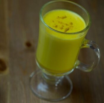 Turmeric Smoothie - Plattershare - Recipes, Food Stories And Food Enthusiasts