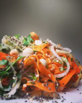 Spiralized Spiced Carrot And Onion Sambharo Stir Fry - Plattershare - Recipes, Food Stories And Food Enthusiasts