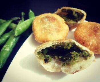 Matar Ki Kachori - Plattershare - Recipes, Food Stories And Food Enthusiasts