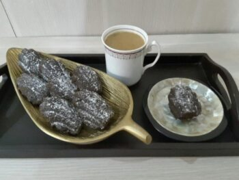 Chocolate Madeleine - Plattershare - Recipes, Food Stories And Food Enthusiasts