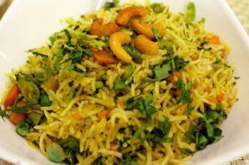 Fenugreek Peas Fried Rice (Methi Pulao) - Plattershare - Recipes, Food Stories And Food Enthusiasts