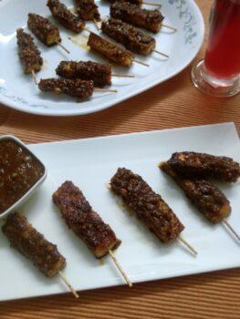 Peanut Sauce Coated Paneer Satay - Plattershare - Recipes, Food Stories And Food Enthusiasts