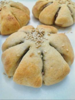 Dan Pat Bbang - Korean Red Bean Paste Bun Recipe - Plattershare - Recipes, Food Stories And Food Enthusiasts