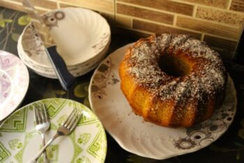 Indonesian Spice Cake - Plattershare - Recipes, Food Stories And Food Enthusiasts