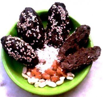 Finger Millet Peanut Rolls - Plattershare - Recipes, Food Stories And Food Enthusiasts