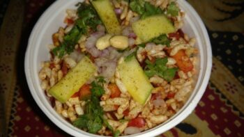 Puffed Rice Salad For Weight Loss - Plattershare - Recipes, Food Stories And Food Enthusiasts