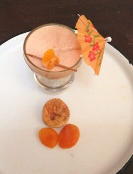 Fig Apricot Smoothie - Plattershare - Recipes, Food Stories And Food Enthusiasts